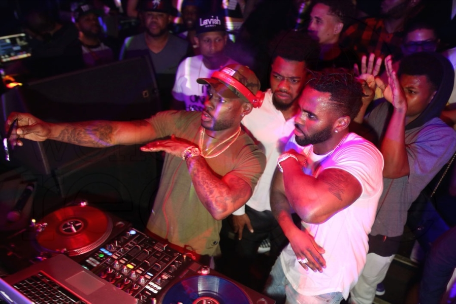 21-7-stevie-j-jason-derulo1-898x599