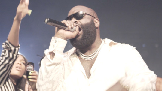 Rick Ross Hustlin' Live Performance (Video)