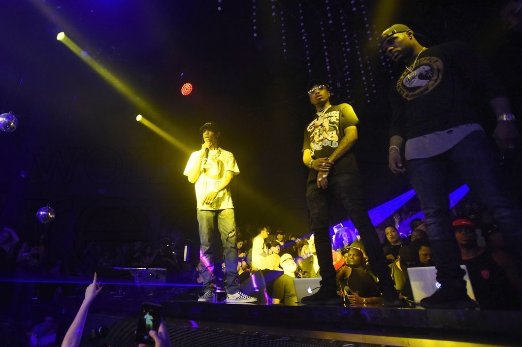 4-4-13-travis-scott-migos-performing2-1060x705